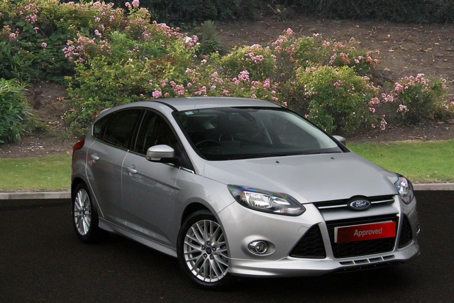 used ford focus 1 6 tdci 115 zetec s 5dr diesel hatchback for sale vertu honda. Black Bedroom Furniture Sets. Home Design Ideas