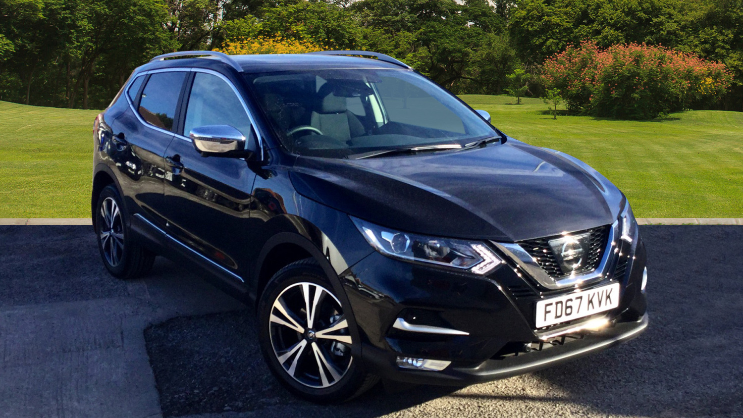 used nissan qashqai 1 5 dci n connecta glass roof pack 5dr diesel hatchback for sale vertu honda. Black Bedroom Furniture Sets. Home Design Ideas