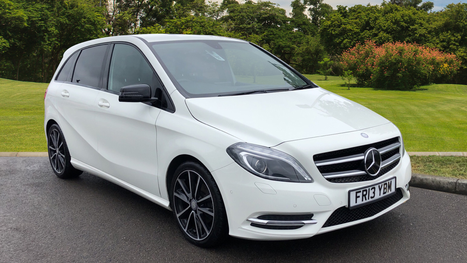 used mercedes benz b class b200 cdi blueefficiency sport 5dr diesel hatchback for sale vertu honda. Black Bedroom Furniture Sets. Home Design Ideas