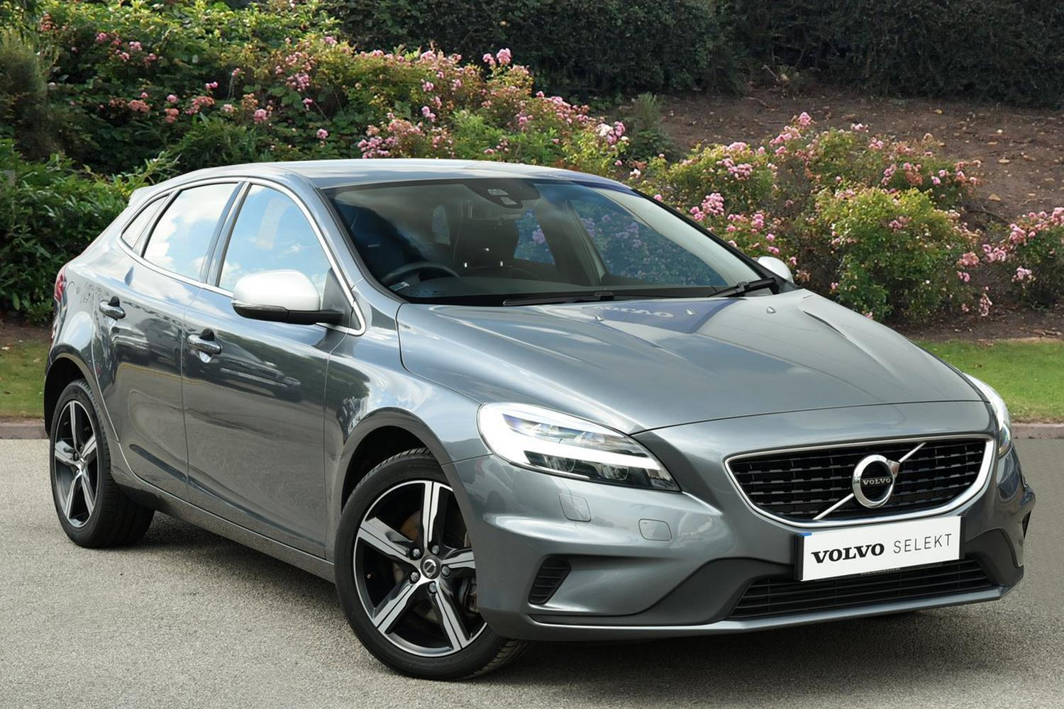 used volvo v40 d3 4 cyl 150 r design nav plus 5dr diesel. Black Bedroom Furniture Sets. Home Design Ideas