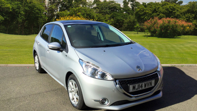 Peugeot 208 1.4 Hdi Style 5Dr Diesel Hatchback