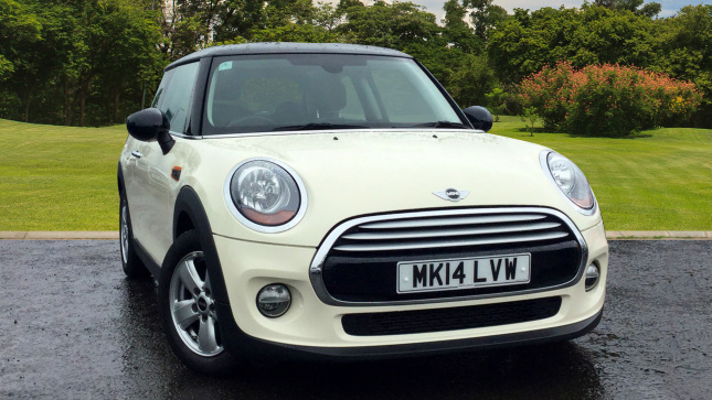 Mini Hatchback 1.5 Cooper 3Dr Petrol Hatchback