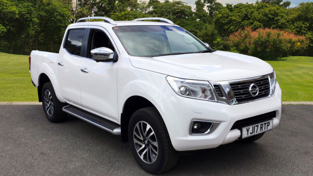 Nissan Navara Diesel Double Cab Pick Up Trek-1 2.3Dci 190 4Wd