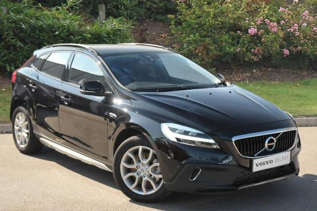 Volvo V40 T3 [152] Cross Country Pro 5Dr Petrol Hatchback