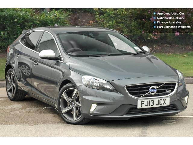 used volvo v40 d4 r design 5dr diesel hatchback for sale vertu honda. Black Bedroom Furniture Sets. Home Design Ideas
