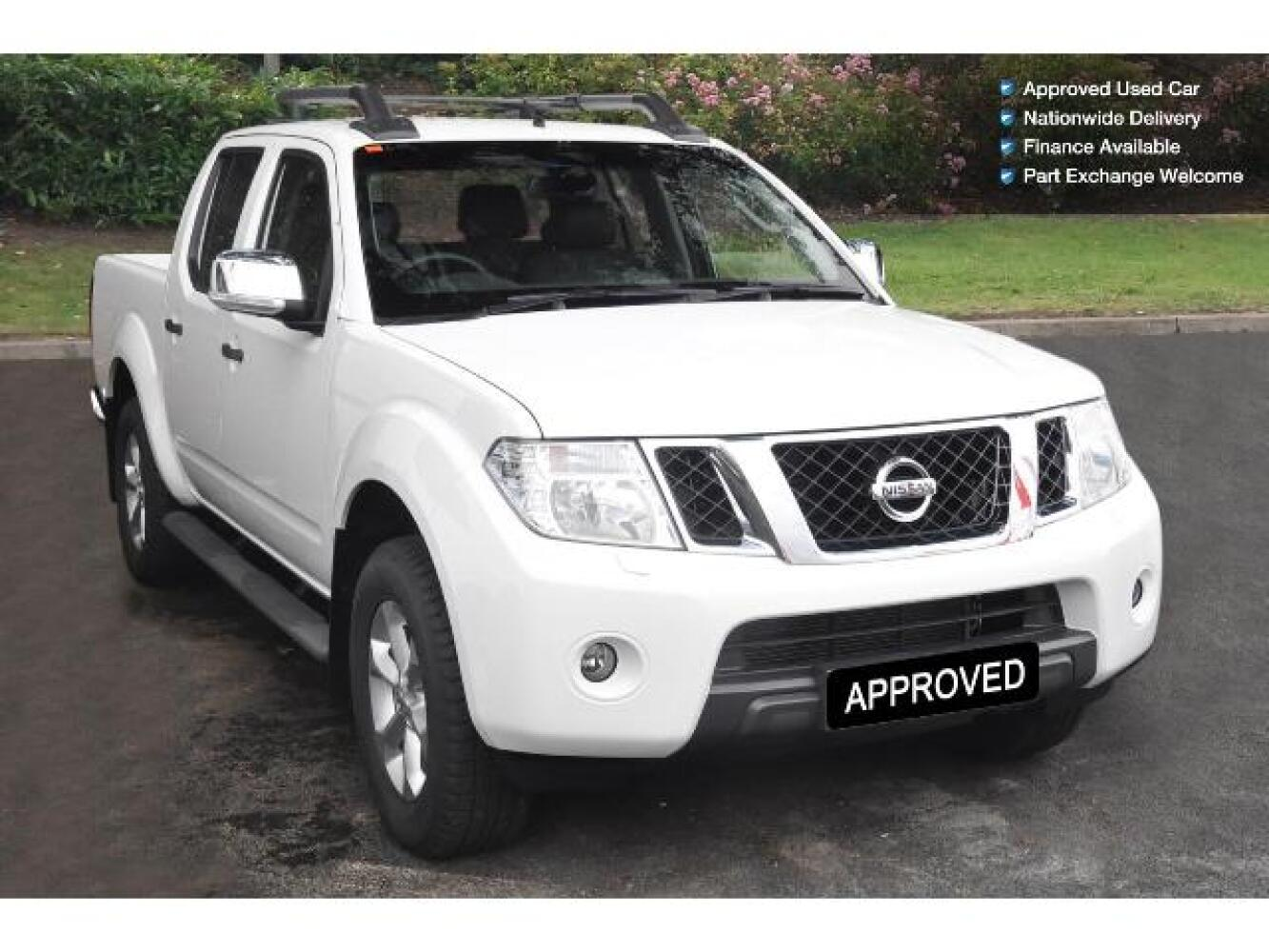 used nissan navara d cab pick up tekna connect 2 5dci 190 4wd for sale vertu honda. Black Bedroom Furniture Sets. Home Design Ideas